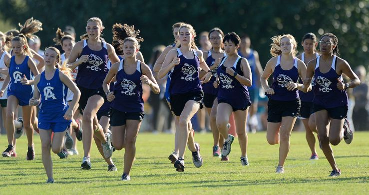 Cross Country - sabers running as a pack
